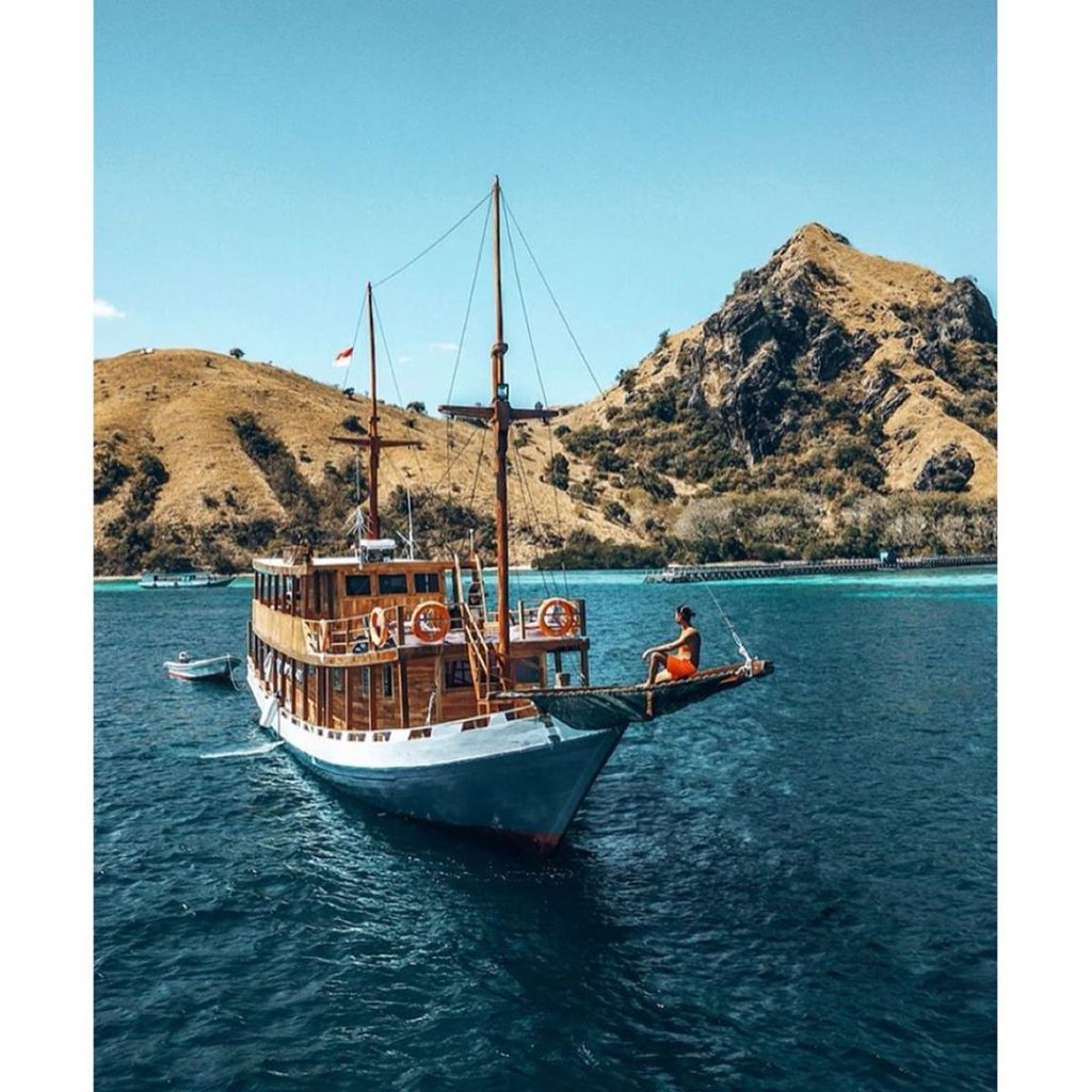 Challenges to Face in Komodo Sailing Trip