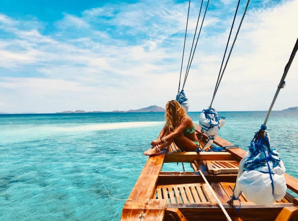 How to Make Komodo Liveaboard Trip Stay in Budget