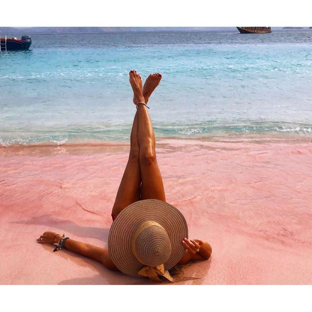 Witness the exotic Pink Beach via Komodo Cruise!